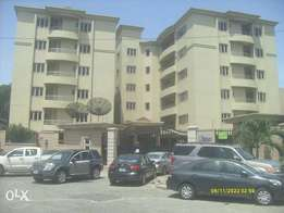 5 bed room fully detached duplex in VGC