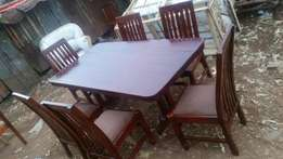 Brand new dining table 6 seaters