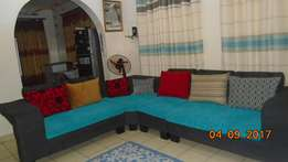 L' Shaped sofa for sell!!