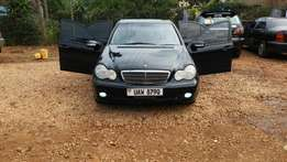 Mercedes benz c180 as good as new