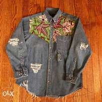 Ragged denim shirt