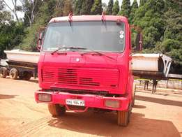 Merc Benz single diff truck for sale