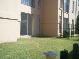 Lovely Spacious 2 Bedroom apartment to rent. Spacious Lounge, Kitchen