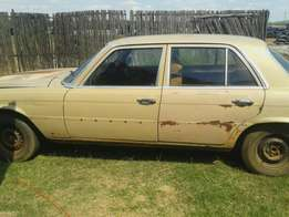 Mercedes 280S to sell or swop R10000