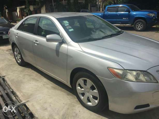 Extra clean, just like Tokunbo, Used Toyota Camry. 2008 model Ikorodu - image 2