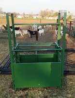 110 mobile sheep kraal and weighing crate