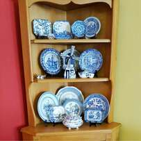 Antique plates & ornaments