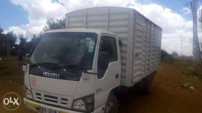 Isuzu nkr local for quick sale Baba Ndogo - image 1