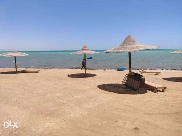 Deluxe 2 bedroom in compound with private beach