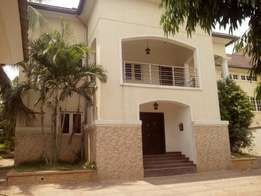 5bedroom semi detached duplex with 2bedroom guest chalet for rent
