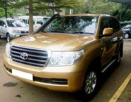 2008 Toyota L/C GX V8 local, 6 speed manual 4.7L diesel