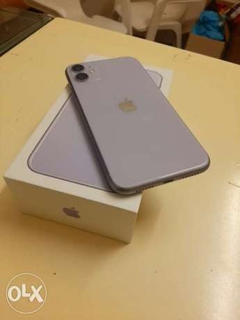 iphone 11 128gb with box and all accessories original with warranty