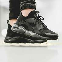 Air Huarache Nike All Black Sneakers
