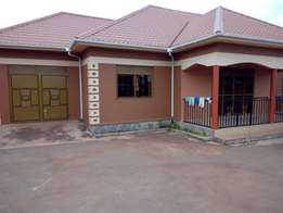 Four 4bedroom house plus servant quick, garage on sale