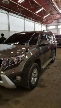 """Toyota Prado In Immaculate Condition"" Industrial Area - image 3"
