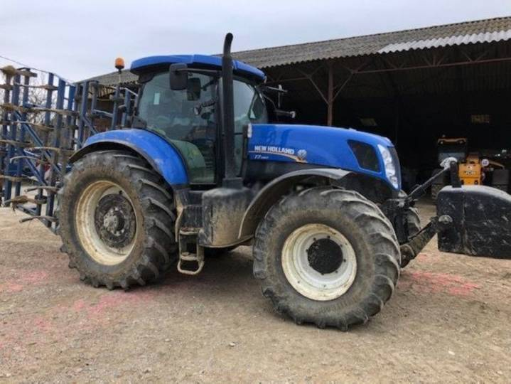 New Holland t7.260 - 2015