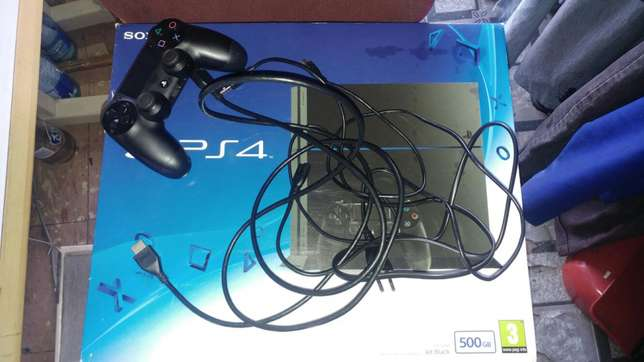 Sony PS4 500GB Urgent Sale Germiston - image 5