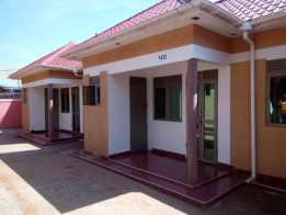 2bedrooms house for rent in mutungo