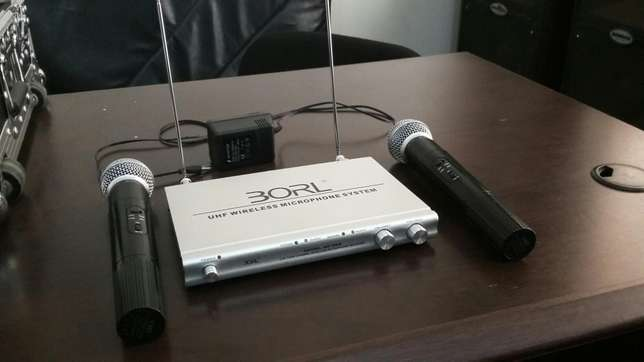 2 Wireless Microphones + Receiver South B - image 3
