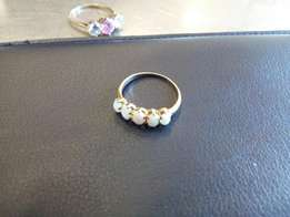 Gold 12ct. With opals . solid gold