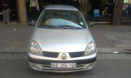 2007 model Renault Clio 1.4 silver in color 142000km