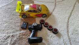 Bargain!! Brushless RC Racing Car Complete with remote
