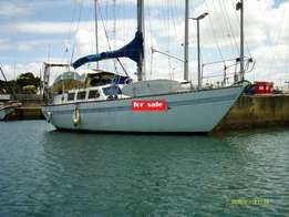 45ft Roberts Charter cruising yacht (Richards Bay) R590,000