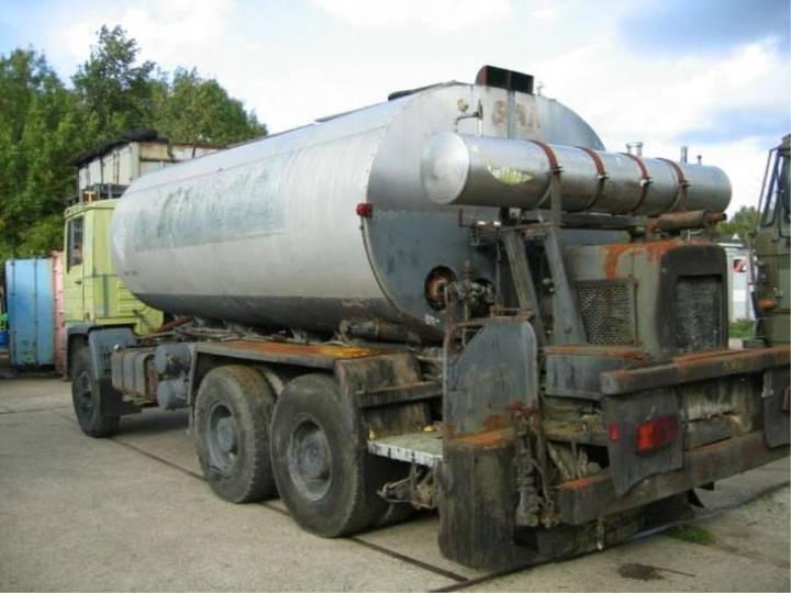 Pegaso Asphalt sprinkler/distributor