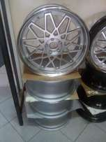 New Set Of 20 Inch Mercedes Benz Mags For Sale