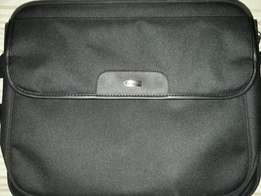 Targus laptop bag for sale
