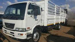 2013 Nissan UD100 Cattle Truck with trailer