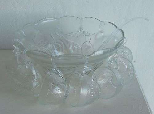 Vintage punch bowl, 12 cups and scoop Hartbeespoort - image 3