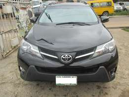 Extremely Clean Toyota Rav4 014 Limited, Registered