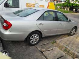 Clean Toyota Camry 2005 Model