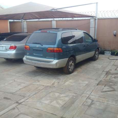 Toyota Sienna Ibadan Central - image 1