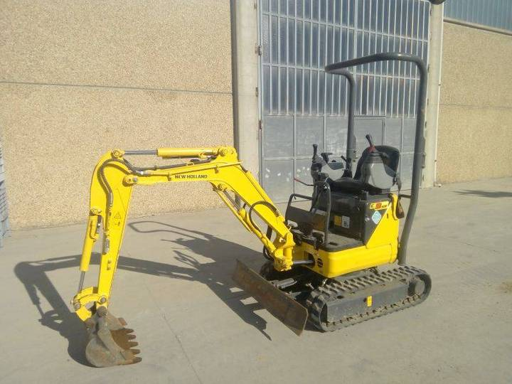 New Holland E09sr - 2007