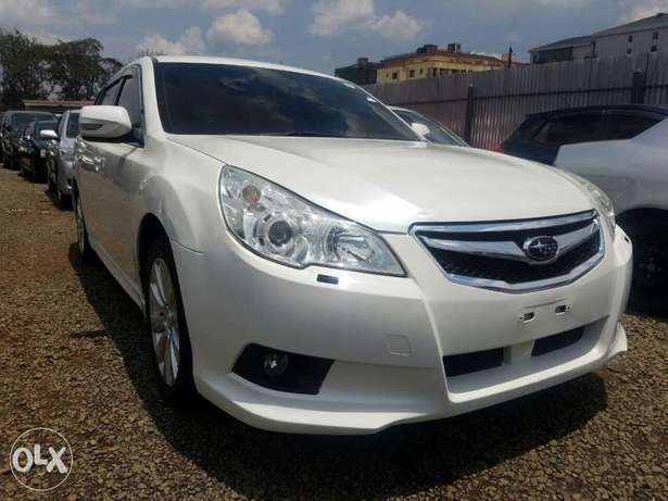 Subaru Legacy Excellent Condition Hurlingham - image 2