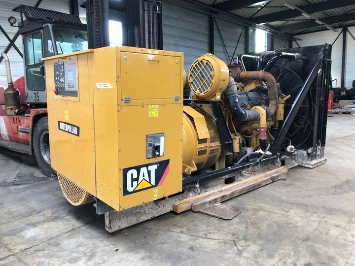 Caterpillar SR4B-GD C32 1000 kVA Skid mounted Gen Set - 2008
