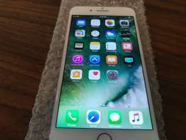 Apple iphone 7 plus -128GB- Gold brand new comes with everything R7500