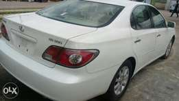 Extremely sharp and sound 2004 Lexus ES 330 Lagos cleared