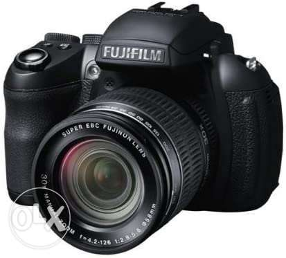 Fujifilm Finepix HS35EXR 16MP Point and Shoot Camera (Black) with 30x