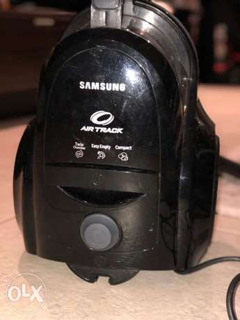 Samsung Airtrack Bagless Vacuum For Sale