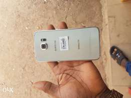 Extra mint 32gb samsung galaxy s6 for sale for a low price