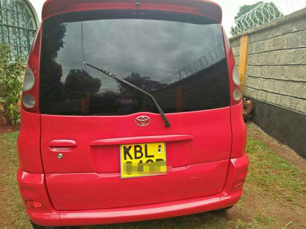 Excellent Toyota Funcargo with original paint Westlands - image 2