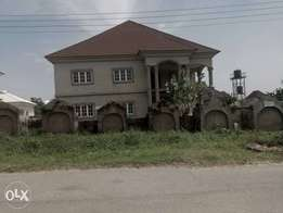 6bedroom fully detached Duplex with bq for sale in gwarimpa