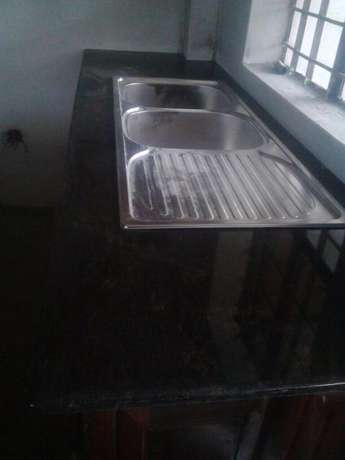 Unique high Quality Kitchen Tops(Granite) for sale and fixing Industrial Area - image 4