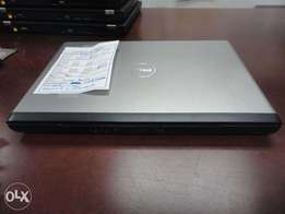 Neat Dell Vostro 3300 core i3 laptop 3gb 320gb