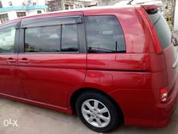 Toyota isis red color new model fresh import
