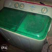 washing machine in mint condition for sale