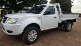 WOW LOOK BARGAIN! 2012 Tata Xenon only R59777 only 69000km like new !